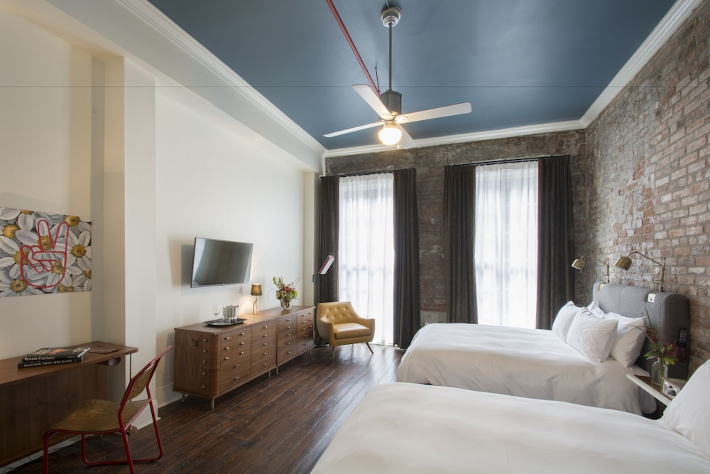 The Old No 77 Hotel Chandlery New Orleans Premium Room 2
