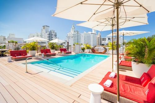 奧尼南海灘酒店/