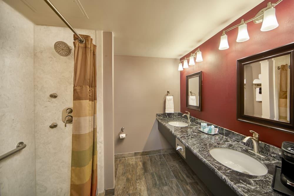 Phòng Royal - Phòng tắm