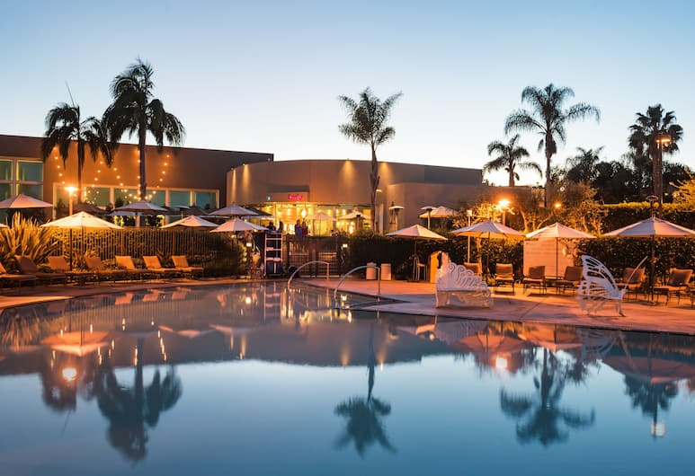 The Dana on Mission Bay, San Diego, Outdoor Pool