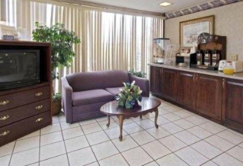 American Eagle Inn, Fayetteville, Lobby