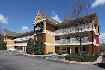 格林斯波羅格林斯博羅溫多弗大道大樹路美國長住酒店的圖片