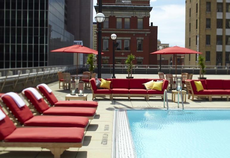 Renaissance Columbus Downtown Hotel, Columbus, Outdoor Pool