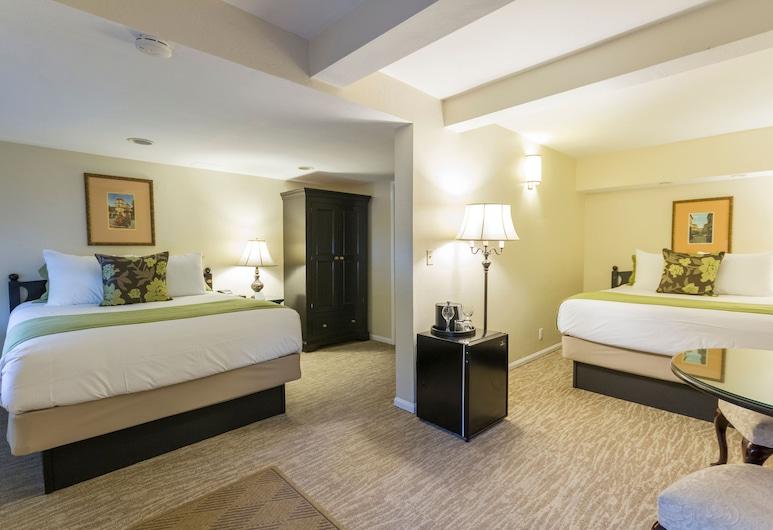 Coast Village Inn - Santa Barbara, סנטה ברברה, סטודיו, 2 מיטות קווין, חדר אורחים