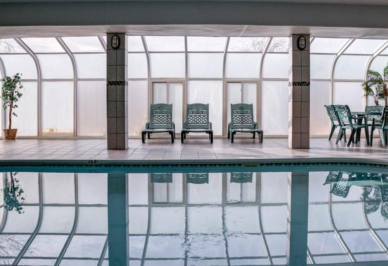 Comfort Suites Omaha, Omaha, Pool