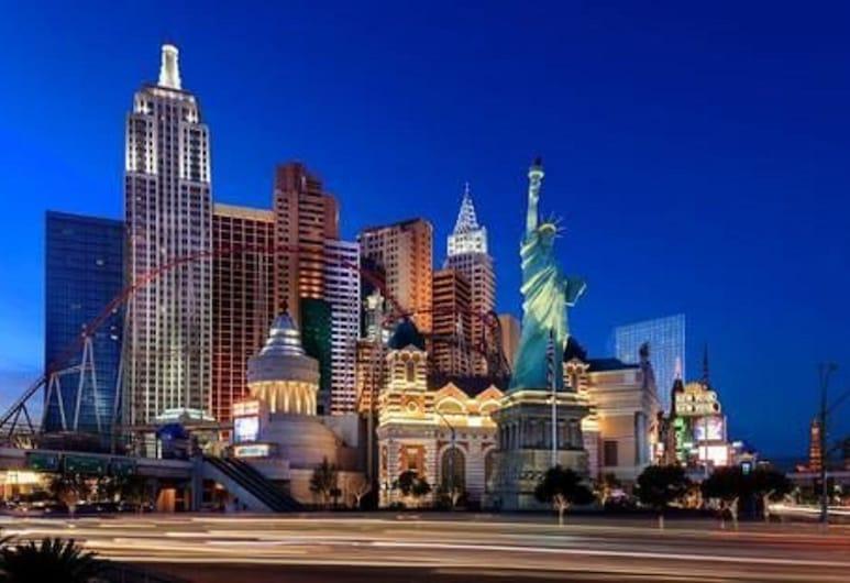 นิวยอร์ก-นิวยอร์ก โฮเทลแอนด์คาสิโน, ลาสเวกัส, วิวจากโรงแรม