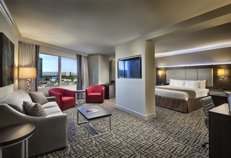 The STRAT Hotel, Casino & Skypod, BW Premier Collection, Las Vegas, Boulevard Suite, Guest Room
