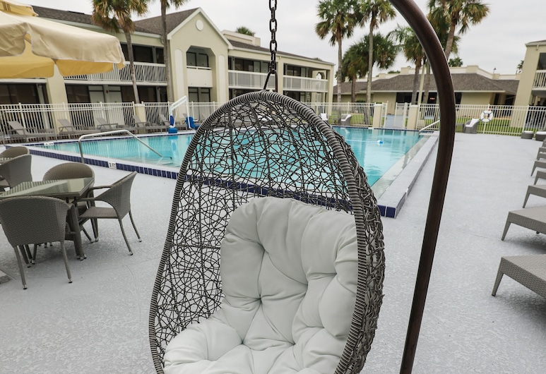 GreenPoint Hotel Kissimmee, Kissimmee, Courtyard Room, 1 King Bed, Terrasse/Patio