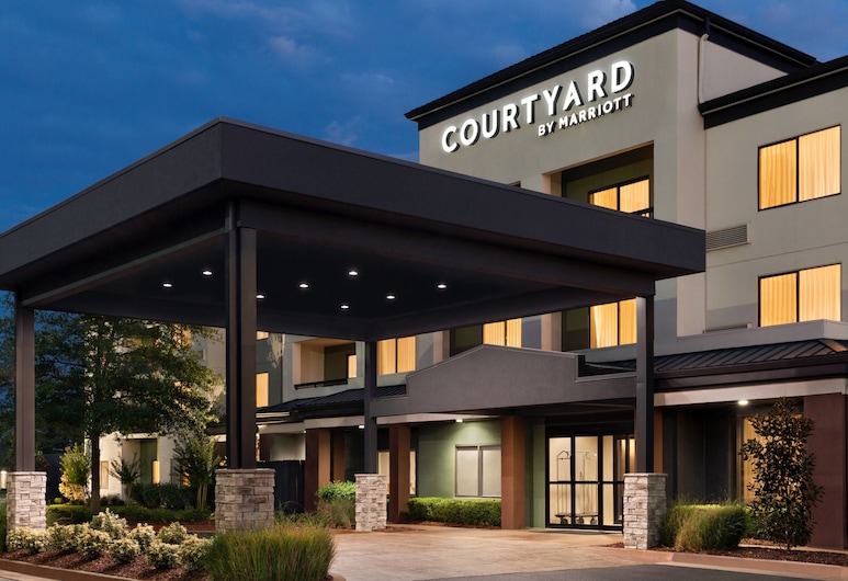 Courtyard by Marriott Tulsa Central, Tulsa, Exterior