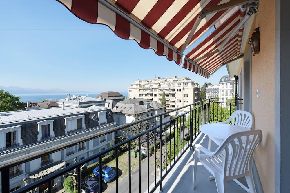 Divvietīgs numurs ar papildu ērtībām, balkons, skats uz ezeru - Balkons