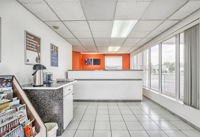 Motel 6 Windsor Ontario, Windsor, Lobby
