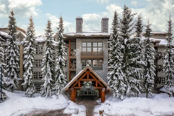 Picture of ResortQuest at Blackcomb Springs Suites in Whistler