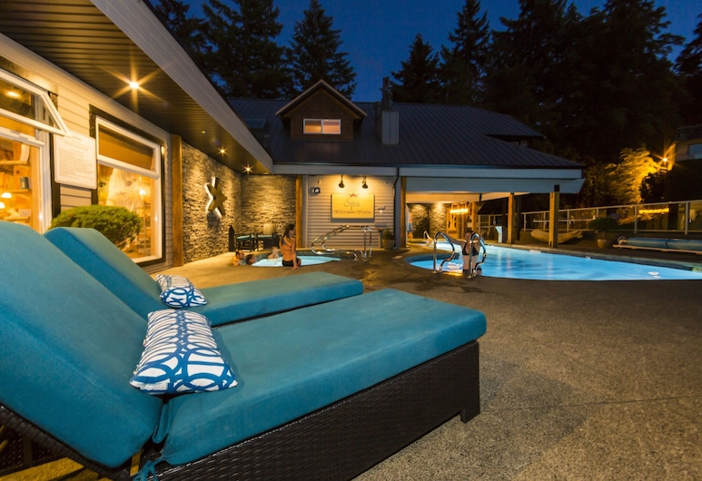 Kingfisher Oceanside Resort and Spa, Courtenay, Πισίνα