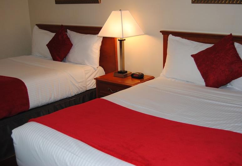 Economy Inn, Edmonton, Standard Room, 2 Double Beds, Non Smoking, Guest Room