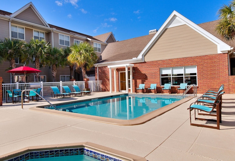 Residence Inn by Marriott Tampa at USF/Medical Center, Tampa, Piscina Exterior