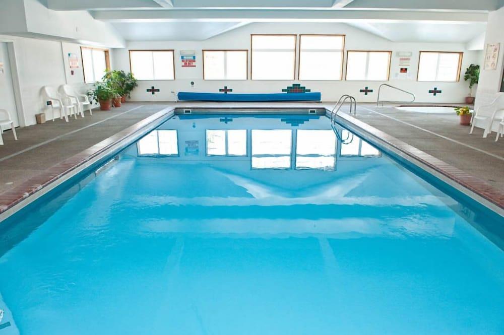 Choteau Stage Stop Inn Indoor Pool