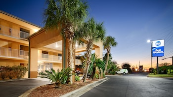Picture of Best Western Navarre Waterfront in Navarre