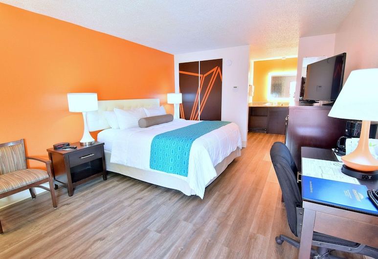 Howard Johnson by Wyndham Ocala FL, Ocala, Deluxe Room, 1 King Bed, Non Smoking, Guest Room