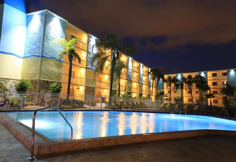 SureStay Plus by Best Western Orlando International Drive, Orlando, Minibar
