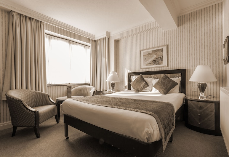 Britannia Country House Hotel & Spa, Manchester, Standard Double Room, Guest Room