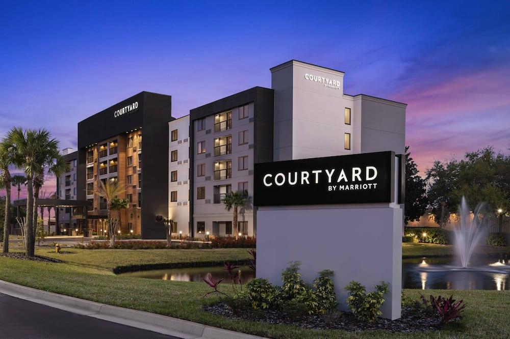 Courtyard by Marriott Jacksonville Butler Boulevard