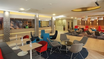 Picture of Holiday Inn Express Belfast City in Belfast