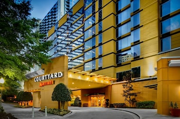 Picture of Courtyard by Marriott Atlanta Buckhead in Atlanta