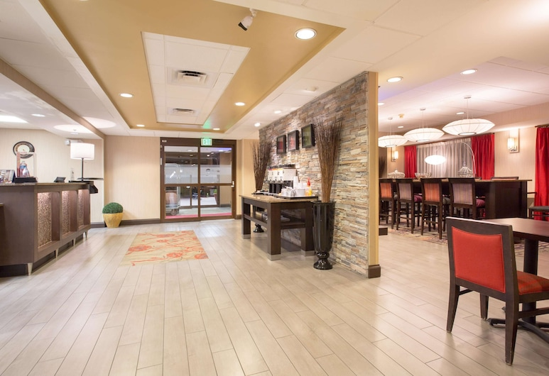 丹佛國際機場歡朋飯店, 丹佛, 櫃台