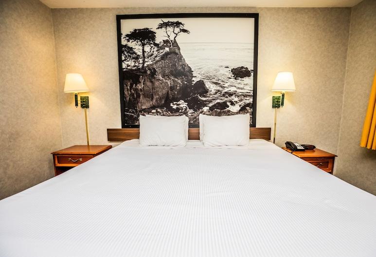 Pelican Inn Monterey, מונטריי, חדר סטנדרט, מיטת קינג, אח, חדר אורחים