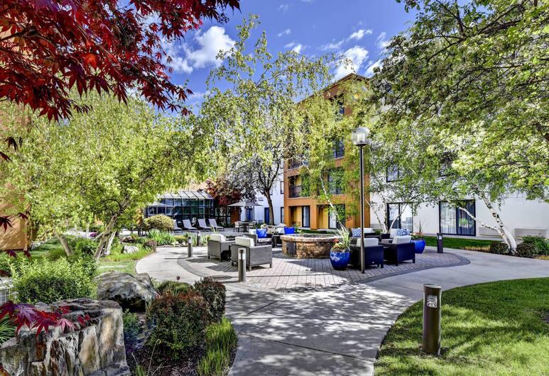 Courtyard by Marriott Downtown Boise, Boise, Exterior