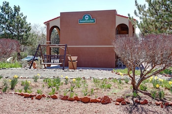 Enter your dates for our Sedona last minute prices