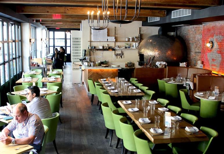 The Frederick Hotel, New York, Restaurant
