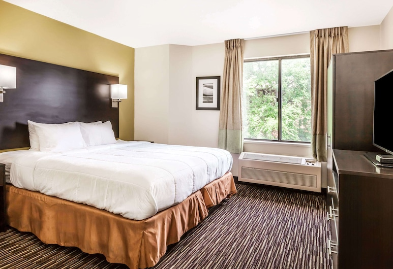 Baymont by Wyndham Newark at University of Delaware, Newark, Room, 1 Queen Bed, Non Smoking (Mobility), Guest Room