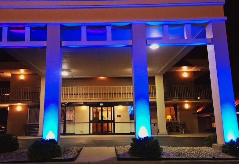 Americas Best Value Inn Collinsville St. Louis, Collinsville, Hotel Front