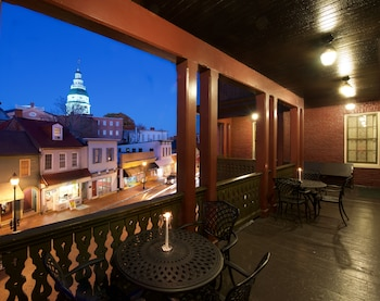 Enter your dates to get the Annapolis hotel deal