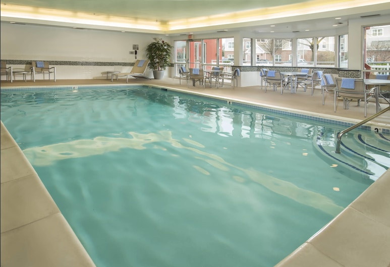 Fairfield Inn & Suites by Marriott Frederick, Frederick, Pool