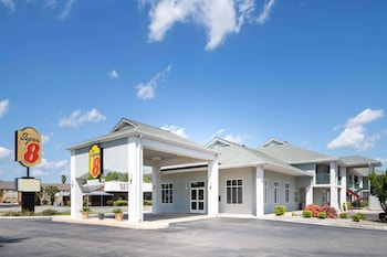 Picture of Super 8 by Wyndham Port Wentworth Savannah Area in Port Wentworth