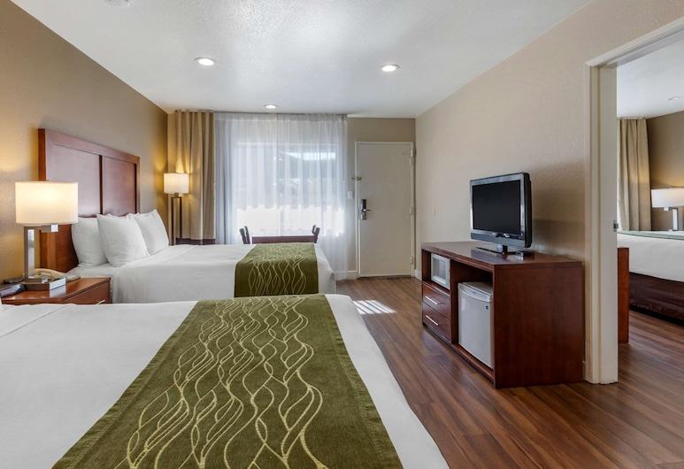 Comfort Inn Bishop, Bishop, Suite, Multiple Beds, Accessible, Non Smoking, Guest Room