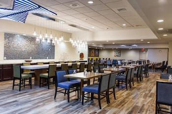 Picture of DoubleTree by Hilton Neenah in Neenah