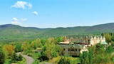 Choose This Mid-Range Hotel in Bromont