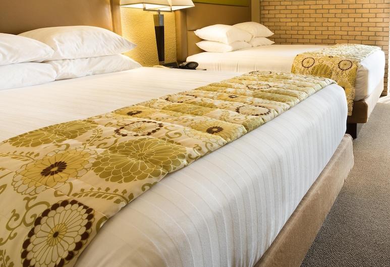 Drury Inn & Suites Paducah, Paducah, Suite, Više kreveta, hladnjak i mikrovalna pećnica (2 Rooms), Soba za goste