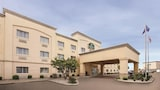 Choose This 2 Star Hotel In Evansville