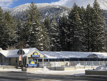 Picture of Days Inn by Wyndham South Lake Tahoe in South Lake Tahoe
