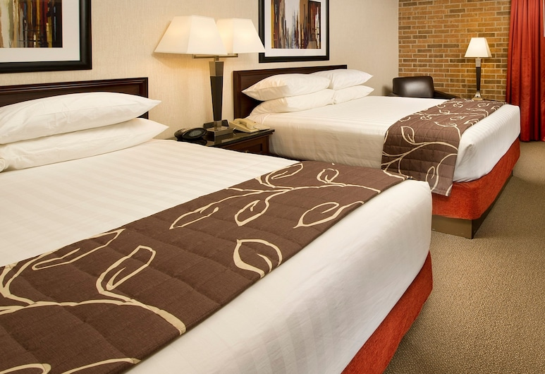 Drury Inn & Suites Kansas City Shawnee Mission, Mission, Suite, 2 Queen Beds, Accessible, Refrigerator & Microwave (Sofabed, 2 Rooms, Tub), Guest Room