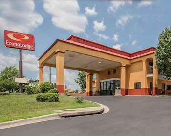 Picture of Econo Lodge Inn & Suites in Northport