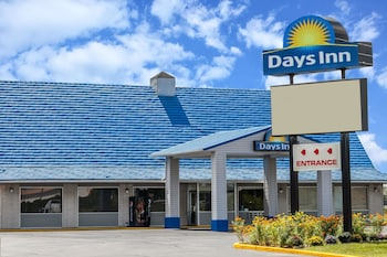 Picture of Days Inn by Wyndham Seymour in Seymour