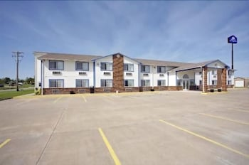 Picture of Americas Best Value Inn Holts Summit/Jefferson City in Holts Summit