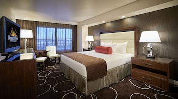 Choose This Business Hotel in Henderson -  - Online Room Reservations