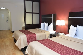 Enter your dates to get the Chattanooga hotel deal