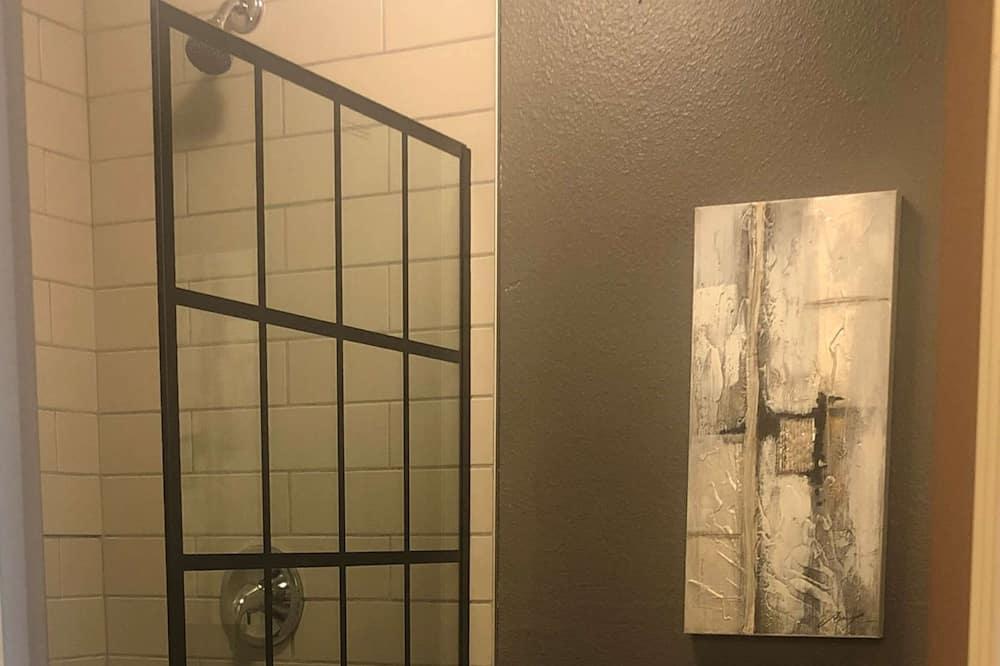 Phòng Tiêu chuẩn, 1 giường cỡ king, Không hút thuốc, Tủ lạnh - Phòng tắm